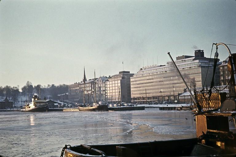 Ravintola Palace Eteläranta 10:ssä 1950-luvulla. Kuva: Arvo Kajantie, Helsingin Kaupunginmuseo.