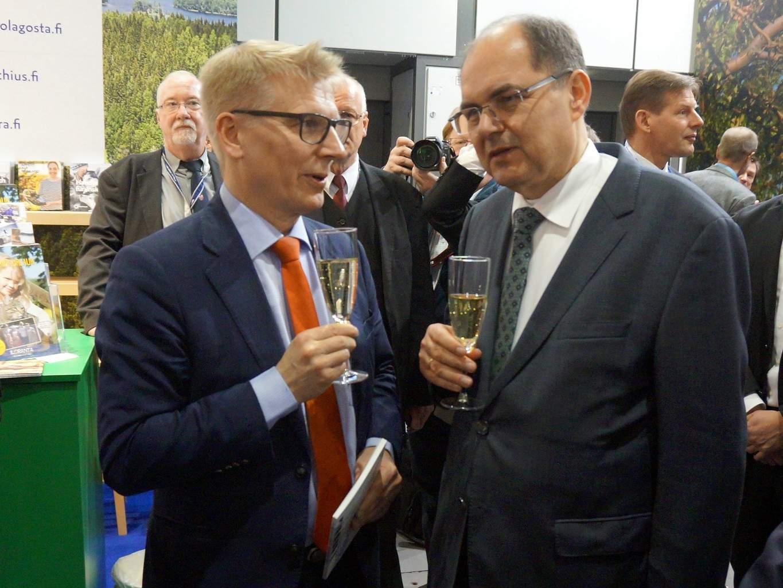 Maa- ja metsätalousministeri Kimmo Tiilikainen tapasi Berliinissä Saksan maatalousministerin Christian Schmidtin.